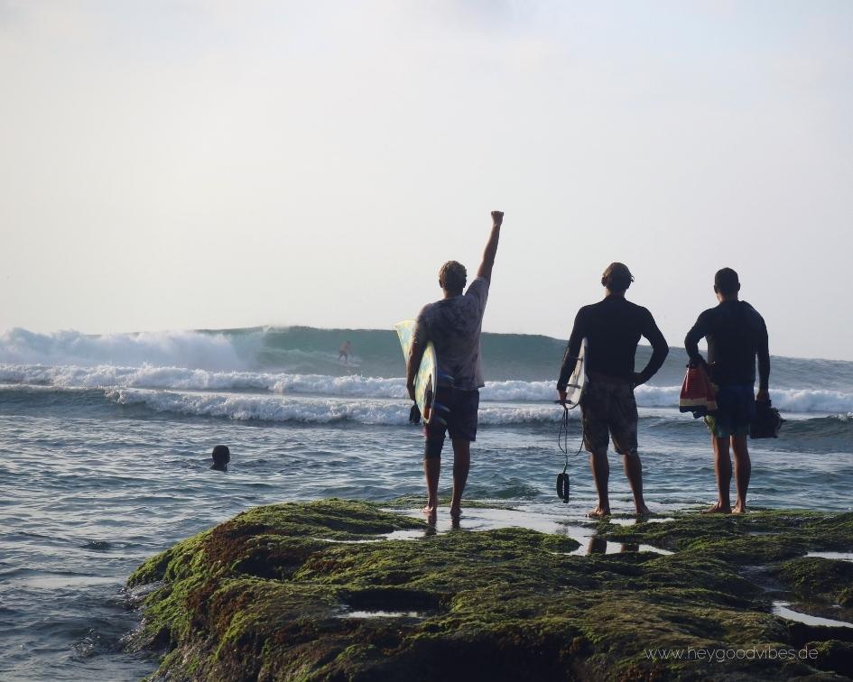 Surfen Strand Bali Riff Uluwatu